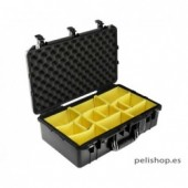 Pelicase 1555 Air with dividers